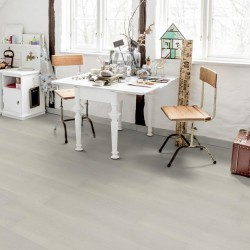 TARKETT STARFLOOR ULTIMATE 30 LAKESIDE OAK LIGHTWASHED